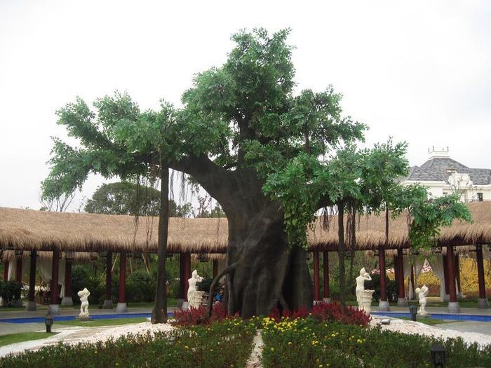 玻璃钢大型仿真榕树